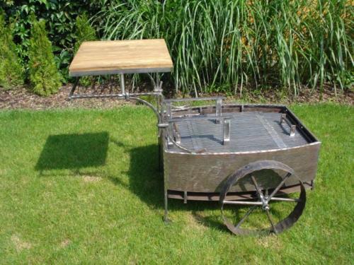pojizdny-gril-na-zahradu