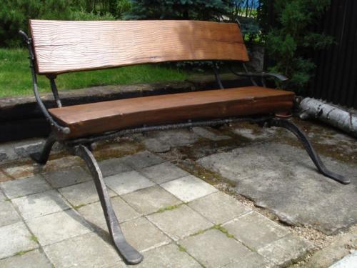 kovana-lavice-na-zahradu-luxusni-kovarstvi-bednarikovi