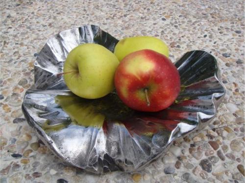 kovova-miska-na-ovoce
