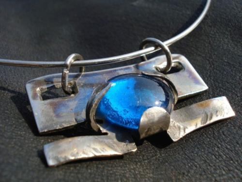 kovany-nahrdelnik-modra-laguna