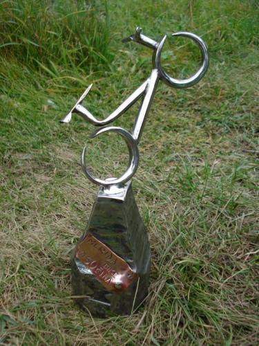 kovane-trofeje-na-zavody-horskych-kol-2008