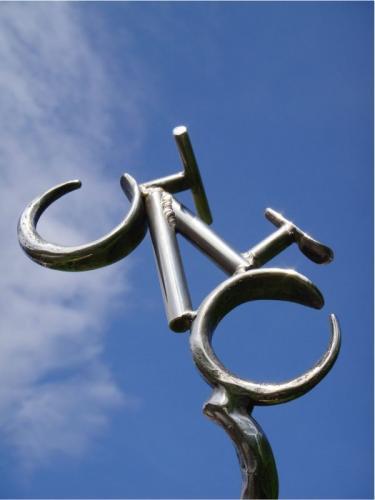 kovane-kolo-na-trofejich-merida-bike-vysocina