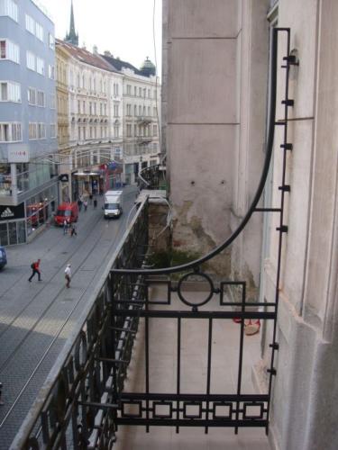 dobove-balkonove-zabradli-brno-stred-kovarstvi-bednarikovi