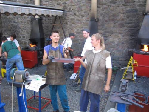 predani-kovane-houpacky-hefaiston-2003