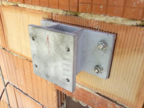 zelezne-konstrukcni-konzole-brno