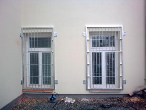 kovove-mrize-na-okna-brno-levne