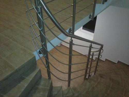 nerezove-točite-zabradli-ke schodisti